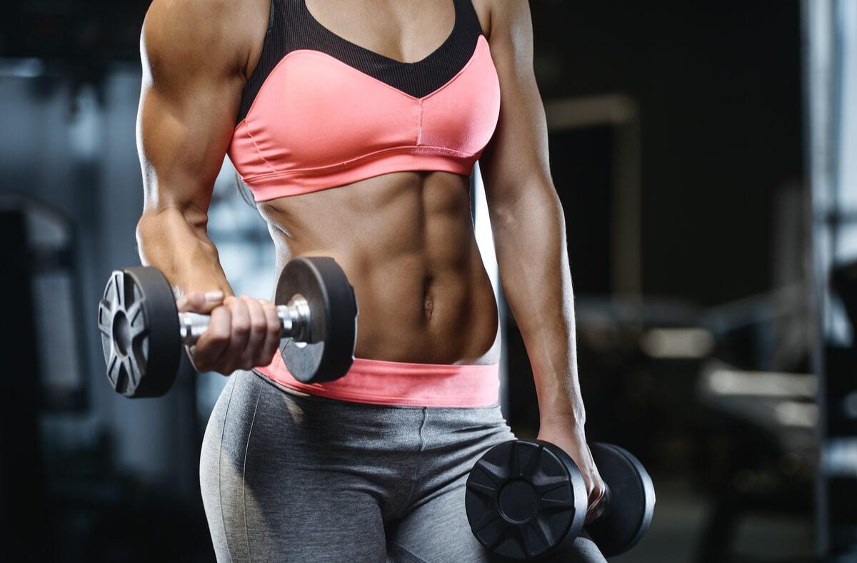Fett abbbauen ohne Muskeln zu verlieren - Mit diesen Tipps klappt's